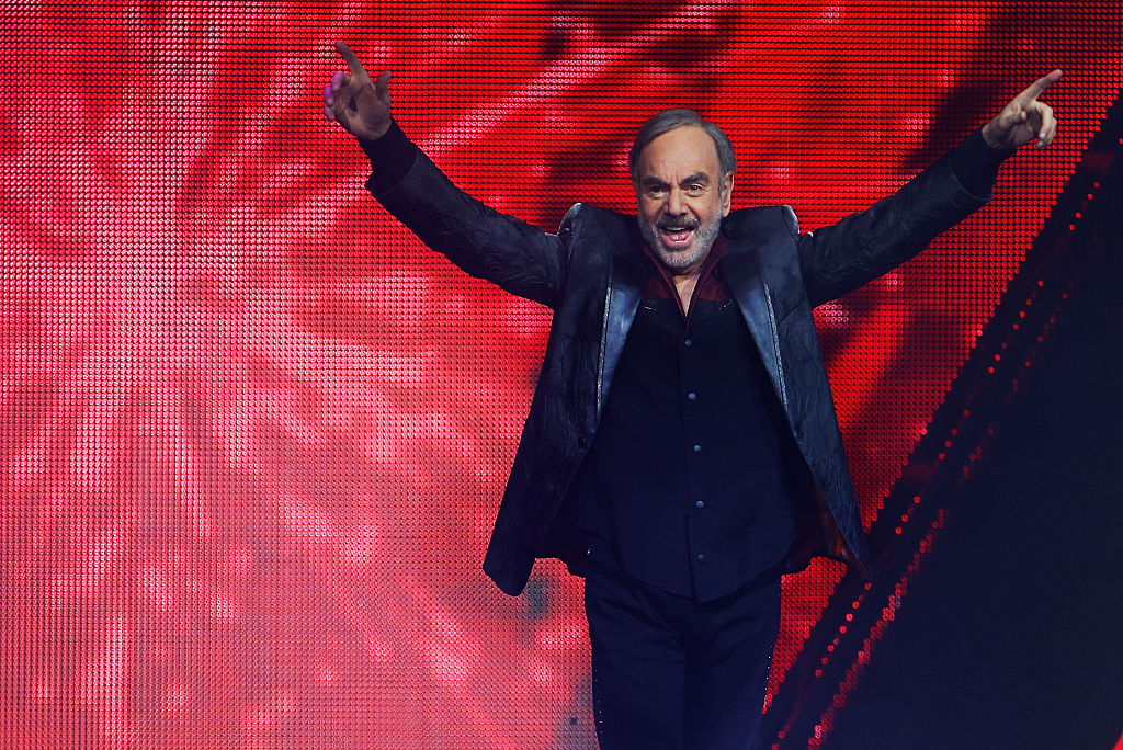 Neil Diamond Retires From Music After Devastating Parkinsons Diagnosis GettyImages 467762624