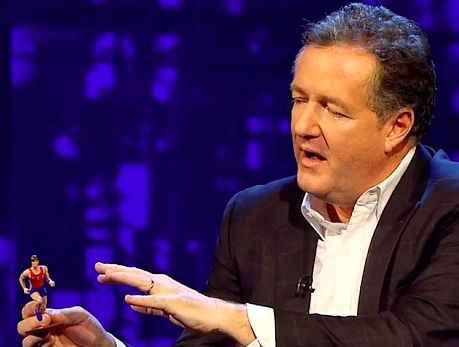 Piers Morgan Pulls Out A Seriously Offensive Toy During Caitlyn Jenner Interview Screen Shot 2018 01 03 at 15.26.15