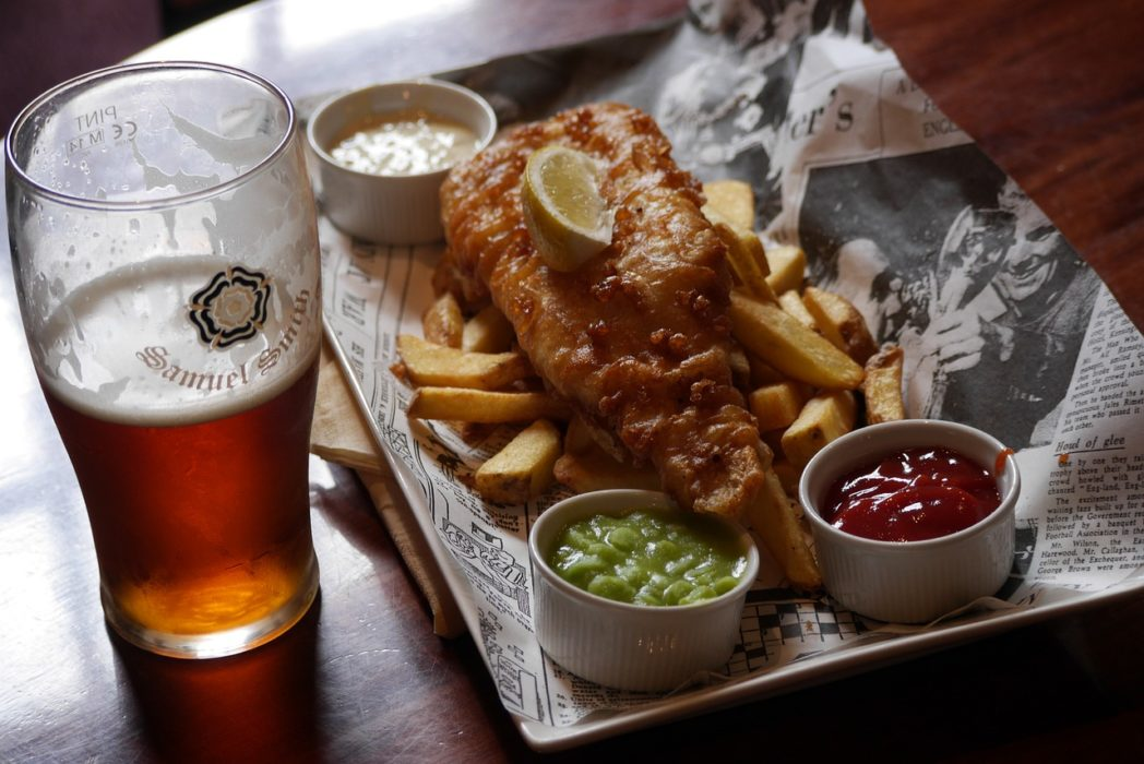 Restaurants Perfect Response To Womans Complaint About Paying £8 For Fish And Chips beer 1732755 1280 1048x700