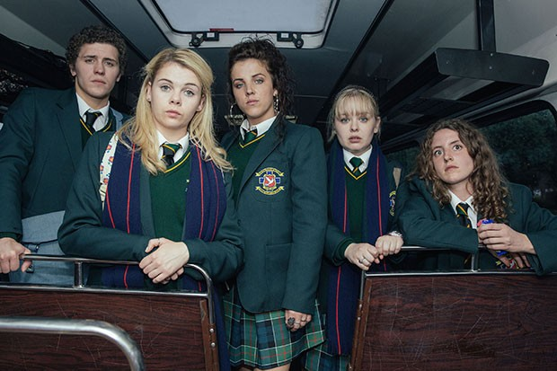 One Of The Derry Girls Is 31 Years Old And No One Can Cope derry girls 8831a6f