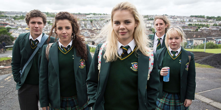 One Of The Derry Girls Is 31 Years Old And No One Can Cope derry girls 4