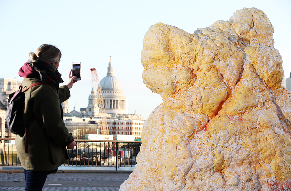Giant 'Fatberg' Disgusts Passersby In London To Make Important Point fatberg 2