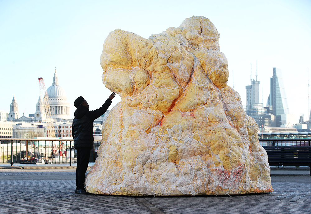 Giant 'Fatberg' Disgusts Passersby In London To Make Important Point fatberg3