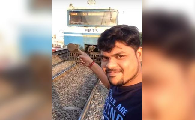 Man Tries To Take Selfie In Front Of Moving Train hyderabad selfie train 650x400 81516791776