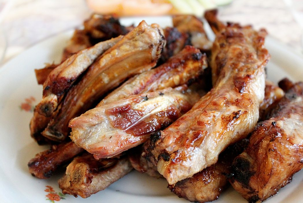 Half Of Brits Suffer From Food Envy, Study Says pork ribs 2374889 1280 1048x700