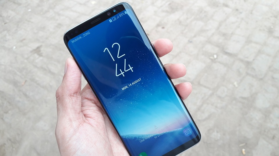 Student Shares Evidence Samsung Staff Viewed Private Photos While Fixing Phone samsung galaxy s8 2643381 960 720