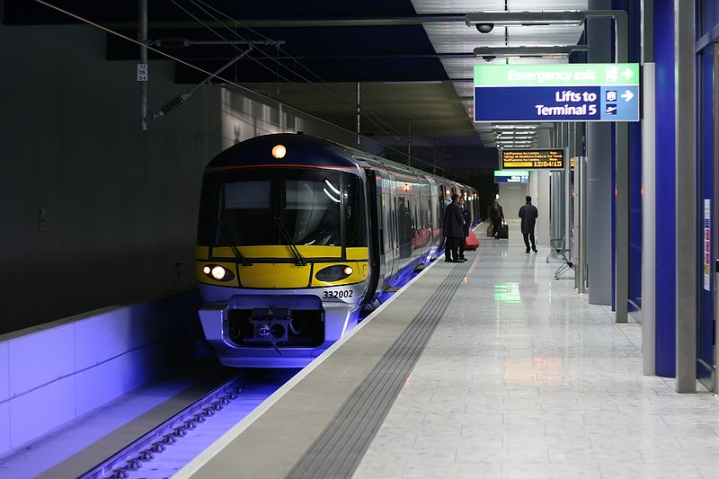 One In Three Parents Lie About Childrens Age To Get Cheap Tickets 800px Heathrow T5 station AB