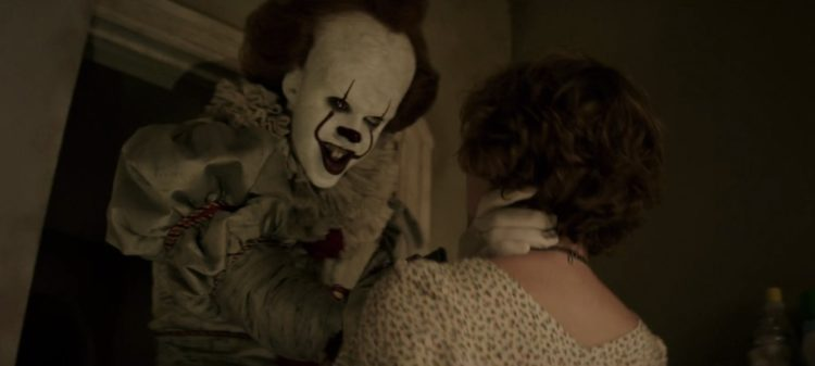 pennywise the dancing clown in IT 2017