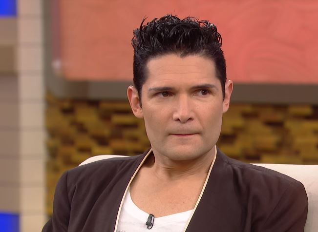 Corey Feldman Says He Has Been Stabbed In Knife Attack Dr Oz