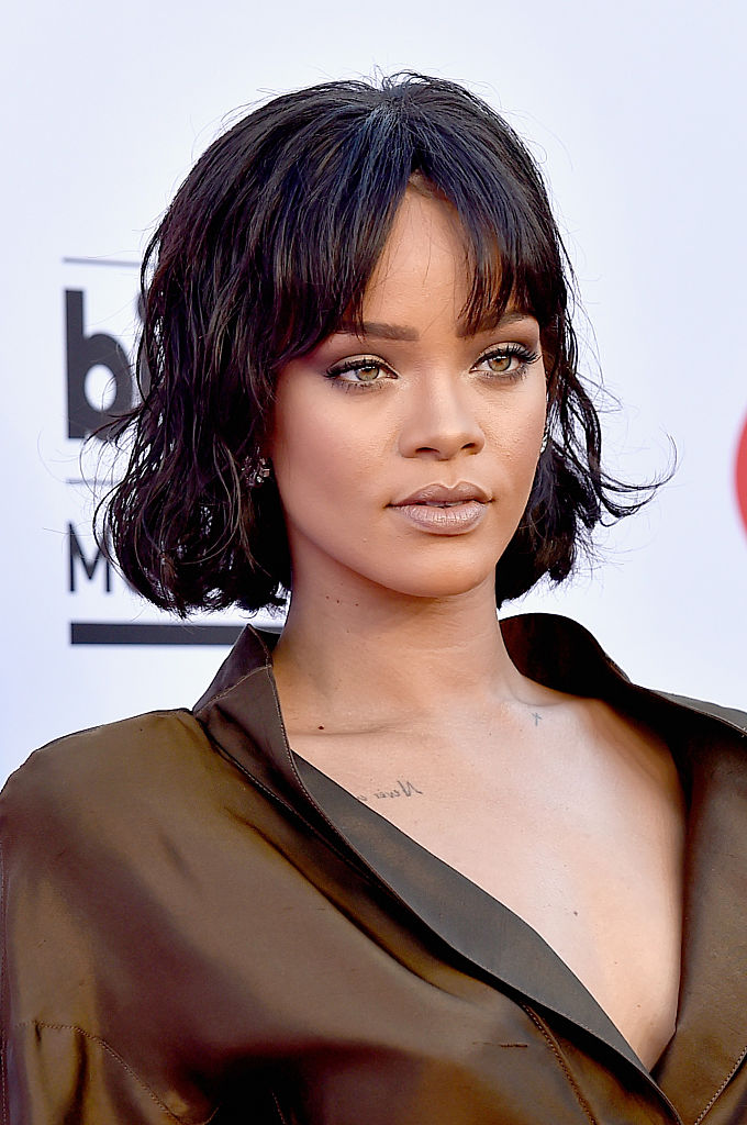People Have A Huge Problem With Rihanna's Met Gala Dress