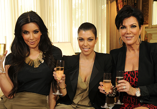 Two Glasses Of Wine Before Bed Helps You Lose Weight, According To Science KardashiansWine