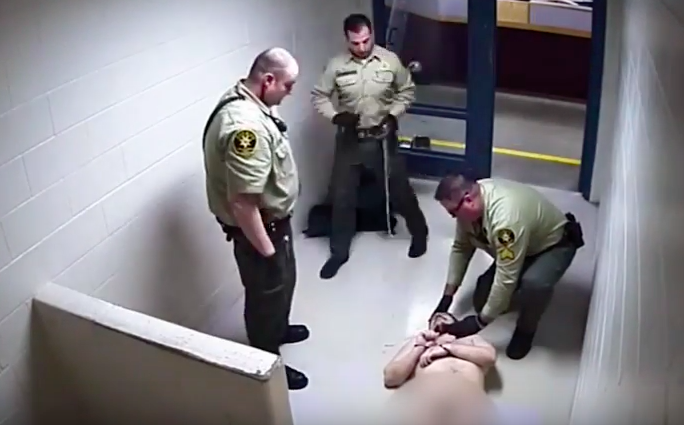 Cctv Shows Police Laughing As Schizophrenic Prisoner Lay Dying