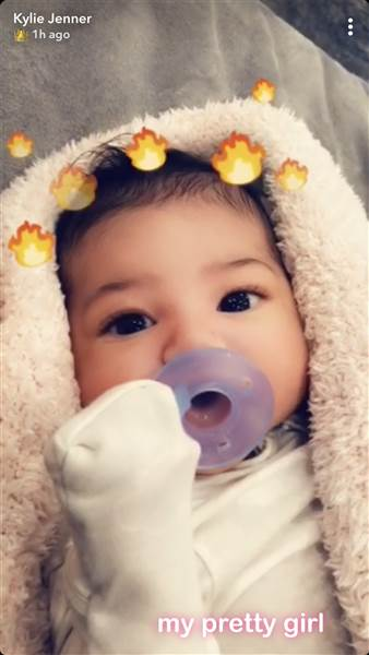 Kylie Jenner wshares photo of Stormi Webster