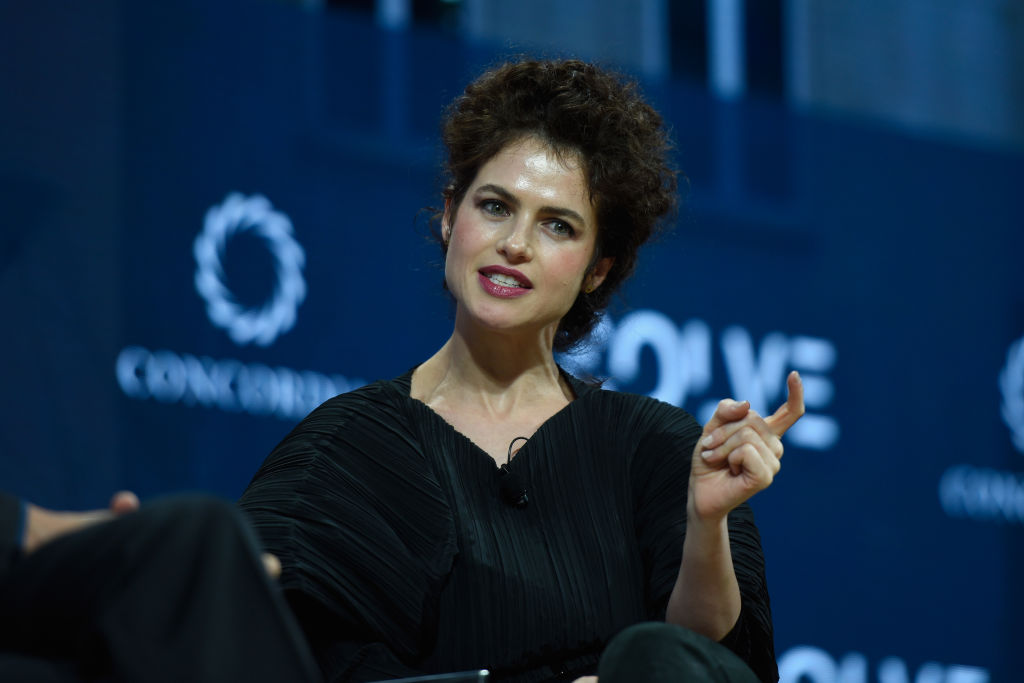 professor neri oxman brad pitt girlfriend