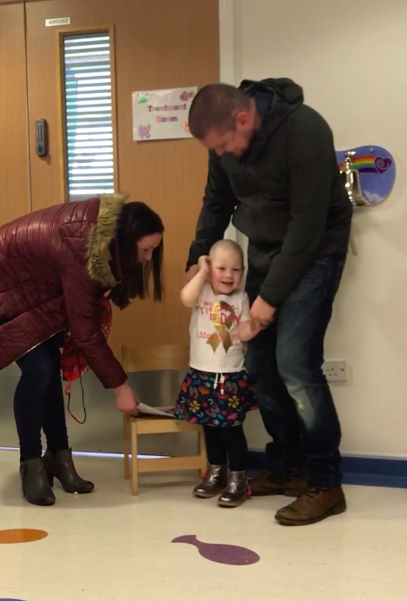 3 Year Old Cancer Patient Getting All Clear Brings Whole Hospital To Tears Meadow1
