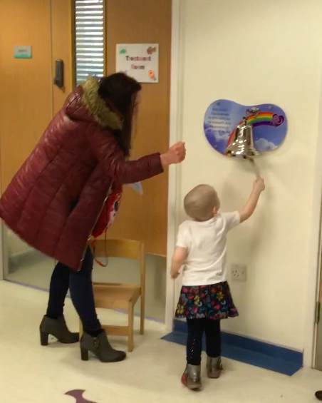 3 Year Old Cancer Patient Getting All Clear Brings Whole Hospital To Tears Meadow2
