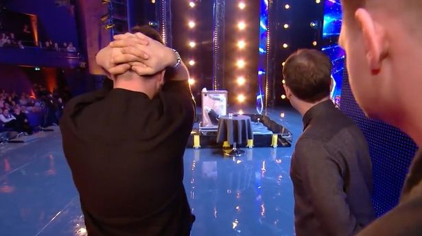 Simon Cowell Seconds Away From Stopping BGT Act After He Nearly Drowns Simon Cowell struggles to watch escapologist 2
