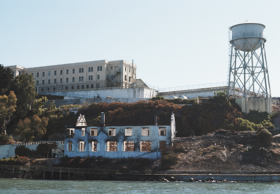Man Who Escaped Alcatraz Sends FBI Letter After Being Free For 50 Years WEBTHUMBNEW Alcatraz