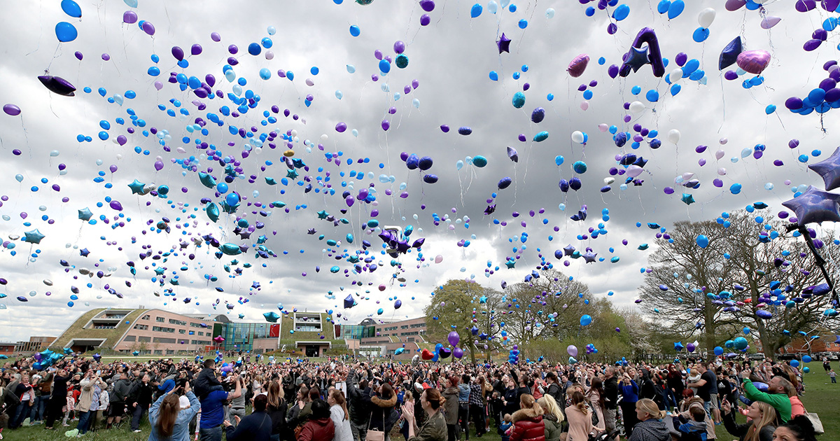 Alfie Evans' Army Release Thousands Of Balloons Into Sky In Memory ...