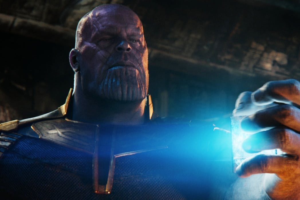 Thanos holds the tesseract in Avengers: Infinity War