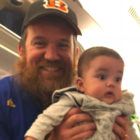 Man Hands Out Notes And Earplugs From His Baby Twins On Their First Flight