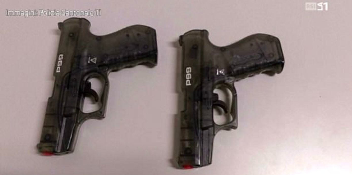 the two water pistols the men were arrested with
