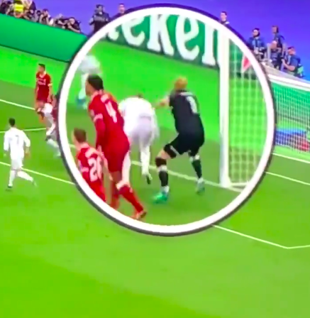 Footage Of Sergio Ramos' Elbow On Karius Minutes Before First Mistake