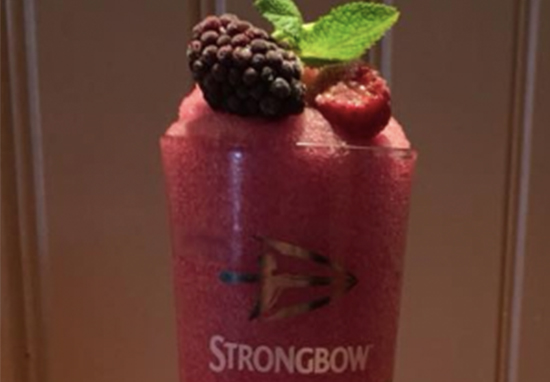 Strongbow Dark Fruits Slushie