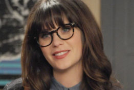 Zooey Deschanel picture goes viral.