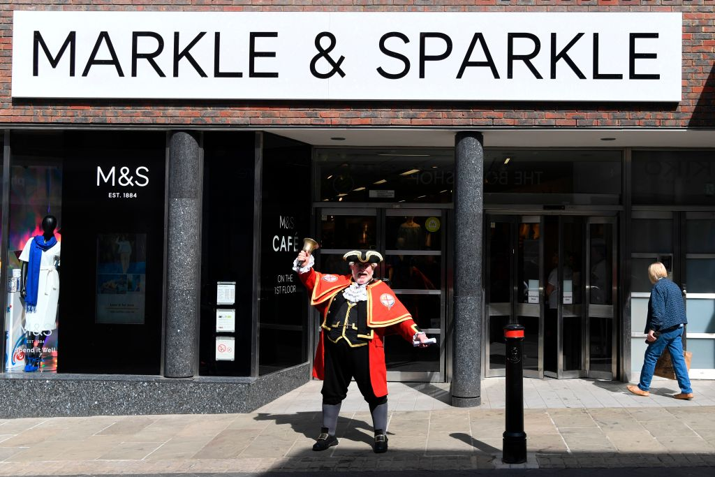 Marks and Spencer in Windsor change name to Markle and Sparkle
