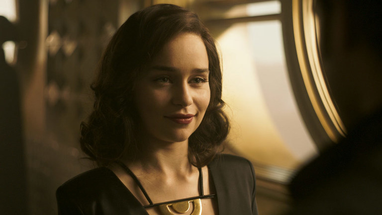 Emilia Clarke as qi'ra in Solo: A Star Wars Story