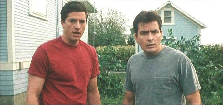 Simon Rex and Charlie Sheen in Scary Movie 3