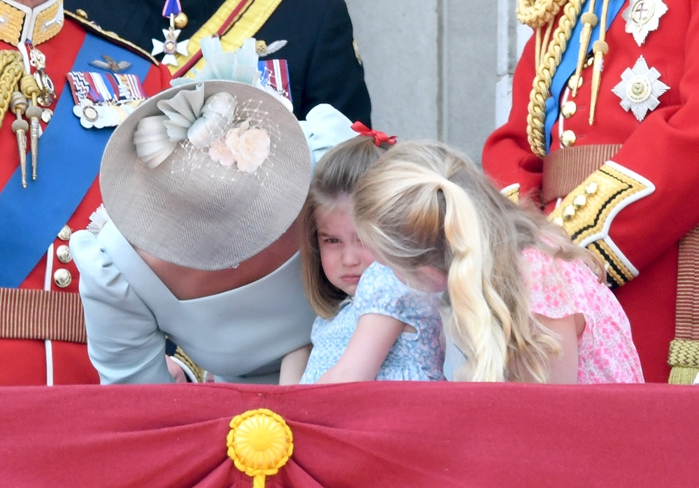 Princess Charlotte slips at Buckingham Palace