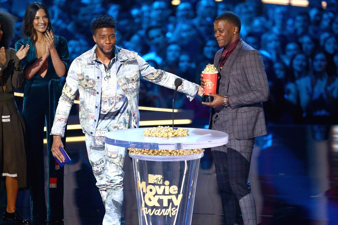 Chadwick Boseman gives MTV award to James Shaw Jr