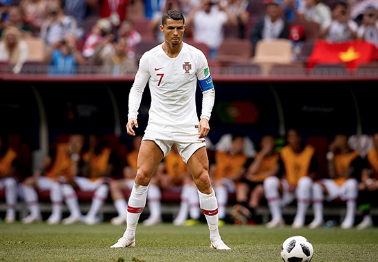 Cristiano Ronaldos Trademark Free Kick Stance Has Been Explained By Old Coach Ronaldo Stands