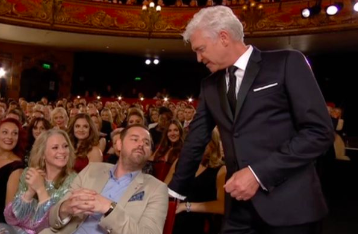 Danny Dyer Squares Up To Phillip Schofield Live At The Soap Awards Screen Shot 2018 06 03 at 09.09.41