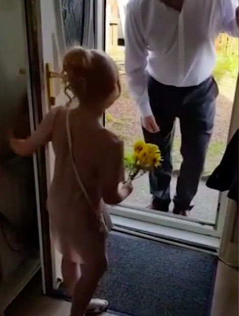 Mum Captures Sweet Moment Husband Takes Stepdaughter On Their First Date Night Screen Shot 2018 06 12 at 16.17.02