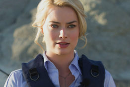 Margot Robbie close-up in Whiskey tango Foxtrot
