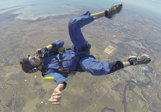 Skydiver Has Seizure In Mid Air At 9,000 Feet skydive4