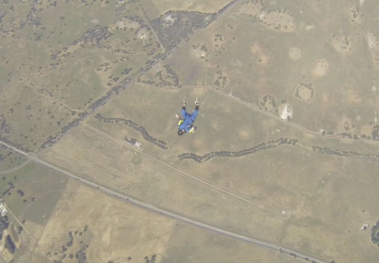 Skydiver Has Seizure In Mid Air At 9,000 Feet skydive5