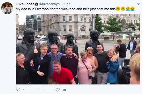 Tweet about Dad meeting Paul McCartney under Beatles statue