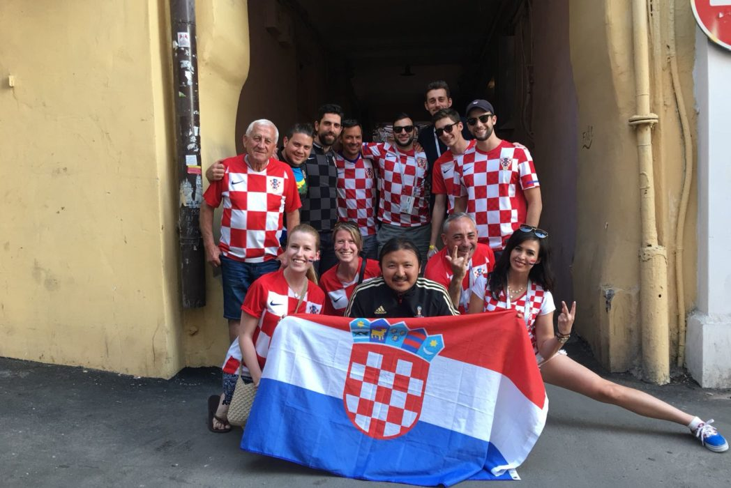 Guy Completes Challenge To Take Pictures With Fans From Every World Cup Team CRO 1048x700