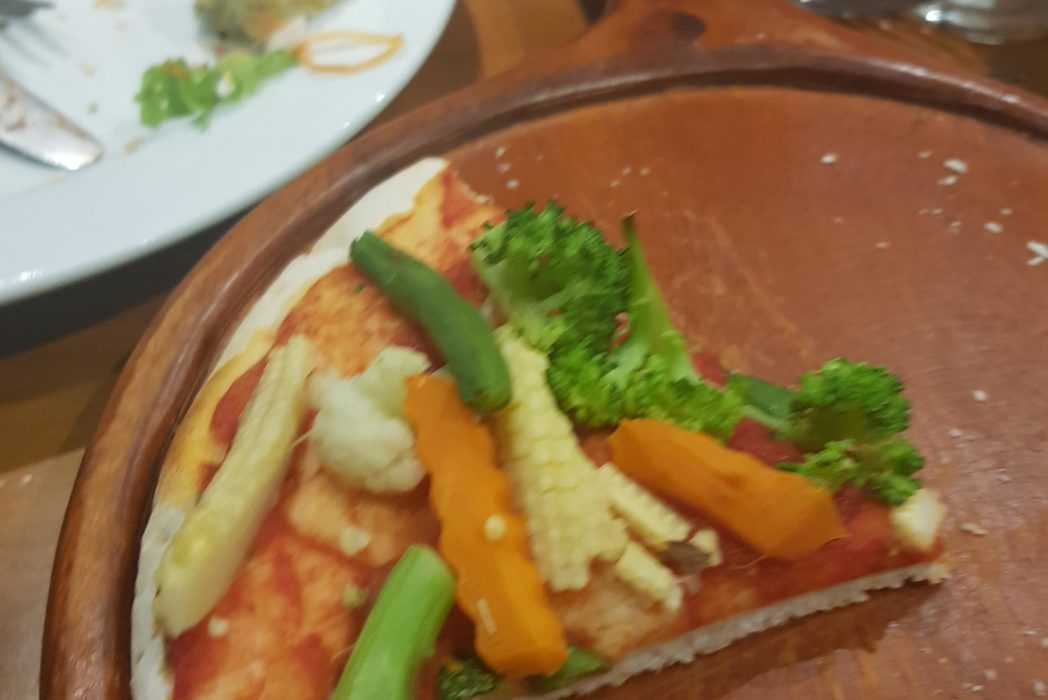 vegetarian vegan pizza Vietnam unilad