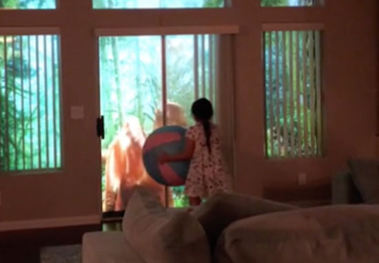 Dad makes Jurassic Park with projectors