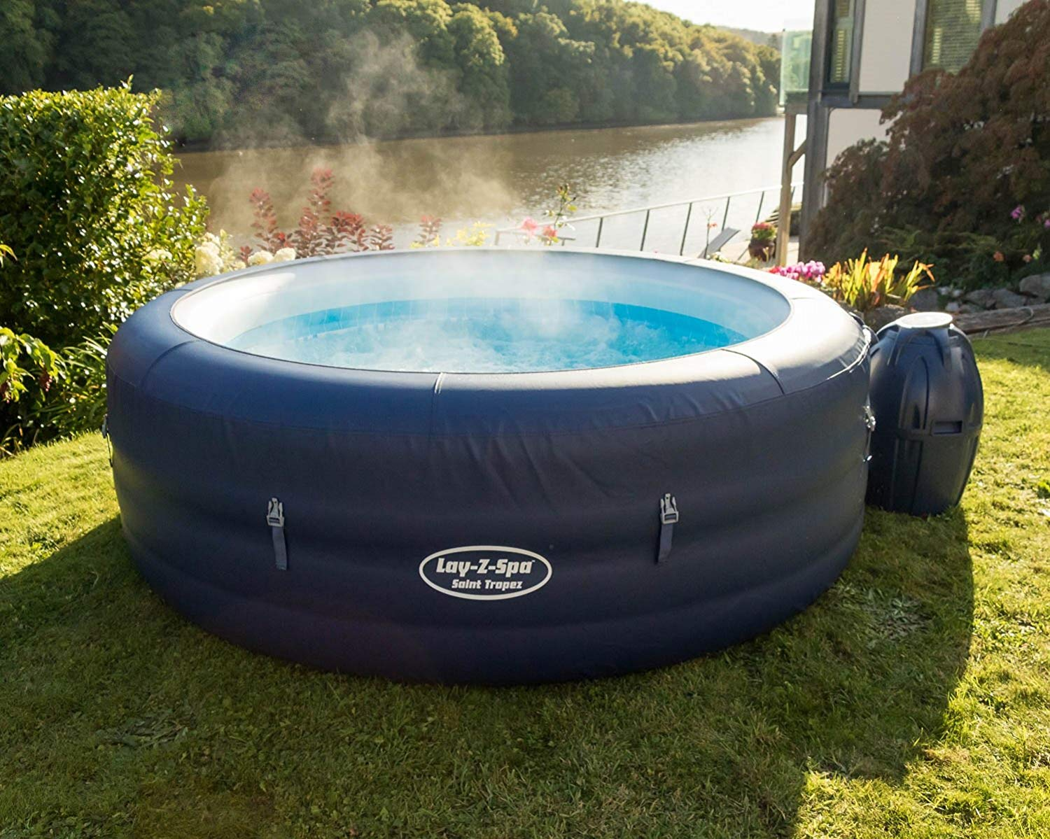 Hot Tub, Laz-y-spa