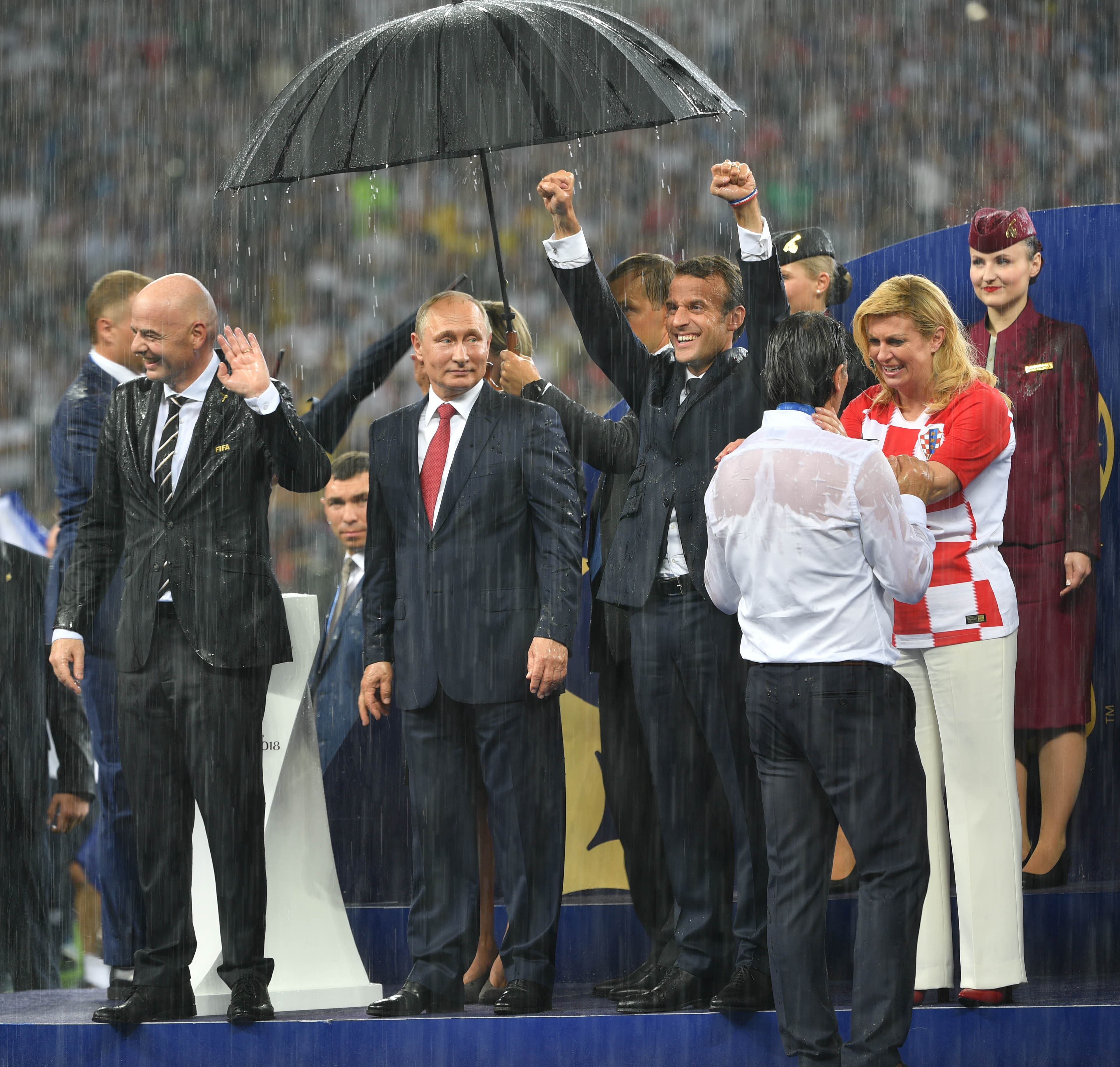 Croatia President Wins Everyones Heart With Her Huge Support For The Team kolindaputinPA