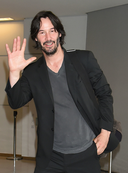 keanu reeves waving