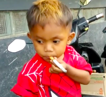 Toddler addicted to smoking.