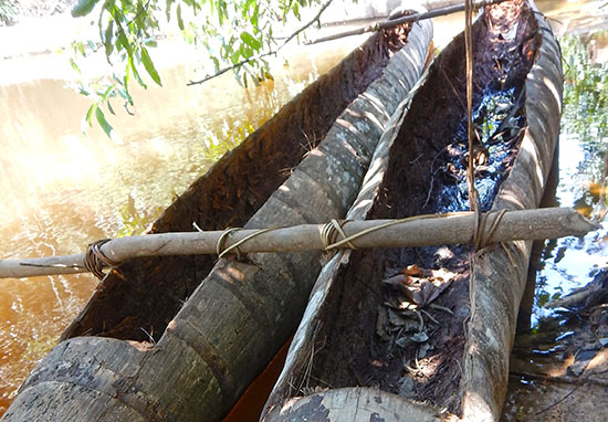 Canoes near uncontacted tribe