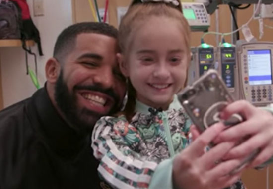 Drake visits fan in hospital